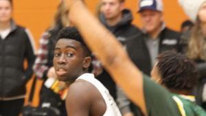 Photo of Julian Egbo on the basketball court